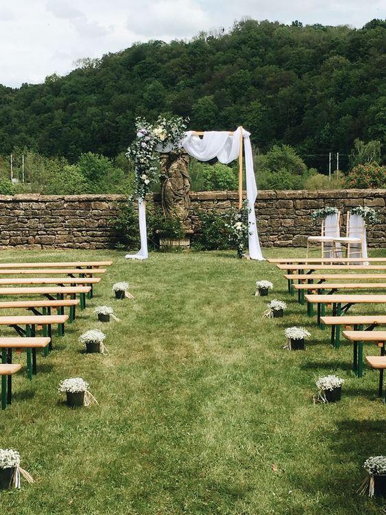 ceremonielaiqueavecdesbancs-mariage